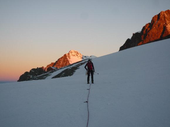 Angeseilen ist pflicht auf dem Gletscher