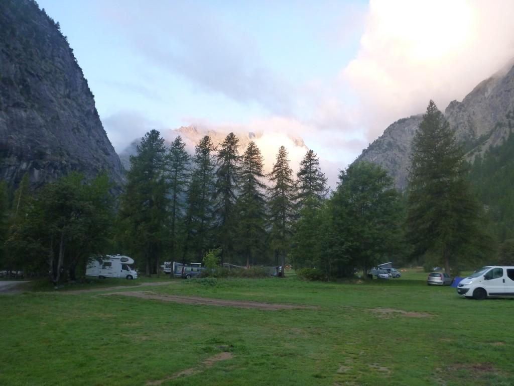 Der Campinplatz in Ailefroide. In der Nabensaison schön ruhig!